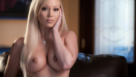 Flawless girl Brea Bennett has sex on camera at babes.com