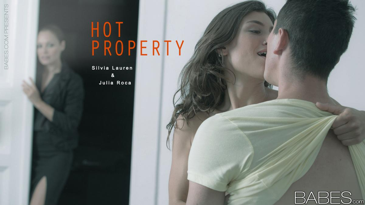 Silvia Lauren threesome with Julia Roca in a Hot Property