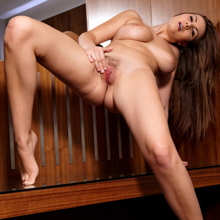 Naked babe Connie Carter in HD porn