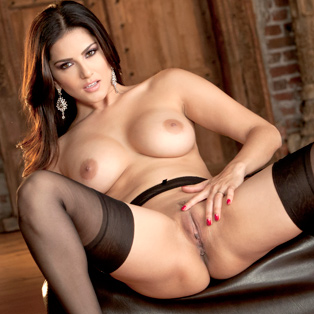 Sunny Leone erotic video from babes.com