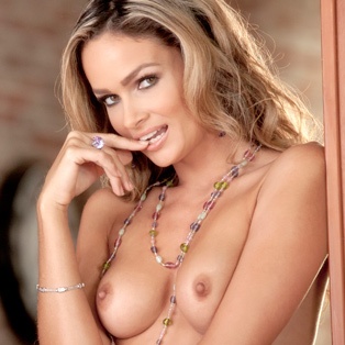 Prinzzess erotic video from babes.com