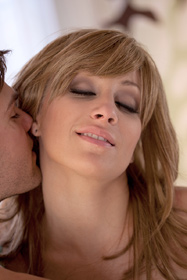 Hot babe Lexi Swallow in erotic picture