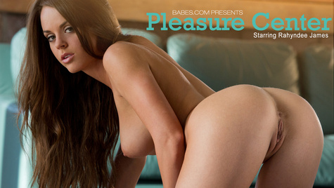 Flawless girl Rahyndee James has sex on camera at babes.com