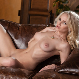 Liz Ashley erotic video from babes.com